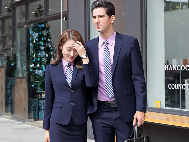如何挑选职业装的款式与风格?